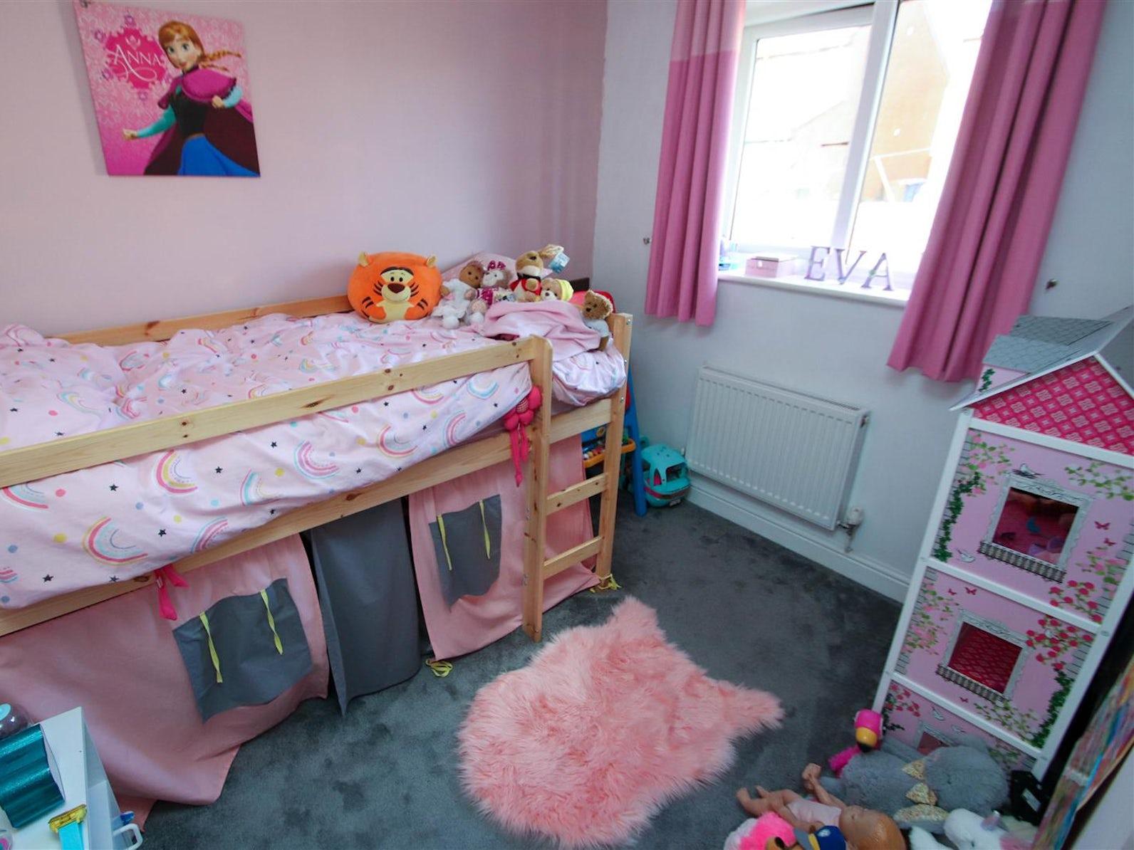 3 Bedroom Property For Sale In Stoke On Trent Merton Street 140 000