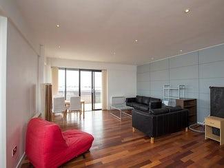 Metropolitan Apartments, Lee Circle