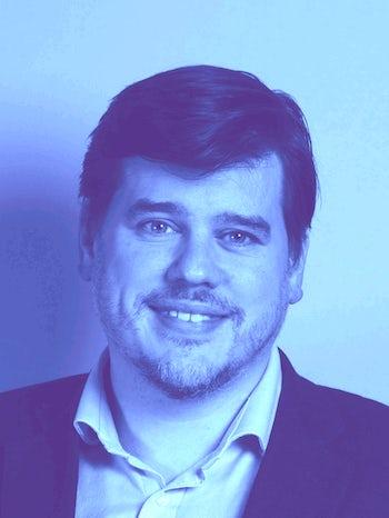 Andrew Fleetwood blue L website 3