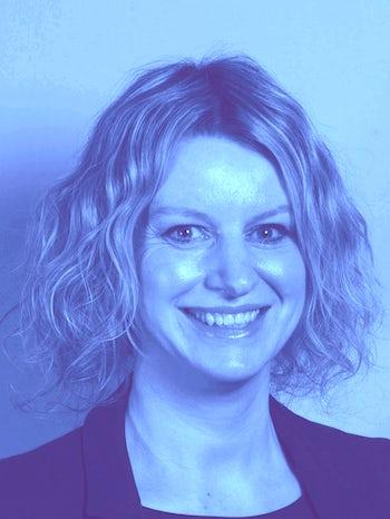 Donna Kelly-Gilmour blue L website