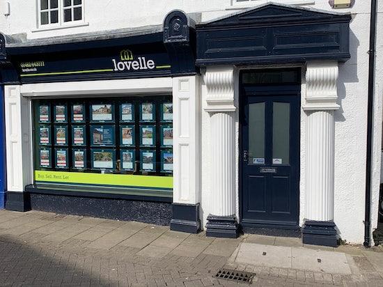 Shop Front 032021